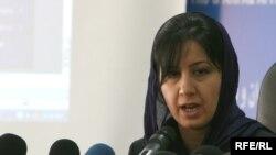 جنار سعد عبدالله وزيرة شؤون الشهداء والمؤنفلين في حكومة اقليم كردستان خلال المؤتمر الصحفي