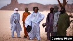 ТИНАРИВЕН, музичка група од Мали.