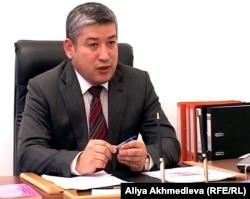Елухан Баймулдинов, заместитель начальника межрегиональной инспекции транспортного контроля Алматинской области. Талдыкорган, 28 октября 2011 года.