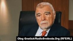 Другий президент Хорватії Стіпе Месіч під час спілкування з журналістами Радіо Свобода