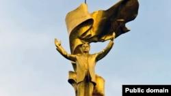 Памятник Сапармураду Ниязову.