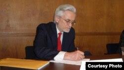 Олександр Мотиль, професор Ратгерського університету у штаті Нью-Джерзі