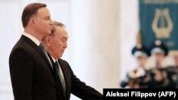 Президент Польши Анджей Дуда (на переднем плане) и президент Казахстана Нурсултан Назарбаев. Астана, 6 сентября 2017 года.