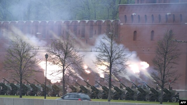 A gun salute is held outside the Kremlin during President Vladimir Putin's inauguration ceremony on May 7.