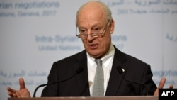 Switzerland -- UN Syria envoy Staffan de Mistura gives a press conference on the first day of a fourth round of UN-sponsored Syria peace talks, in Geneva, February 23, 2017