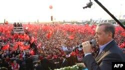 گردهمایی حمایت از نبرد نظامی ارتش ترکیه علیه پ ک ک
