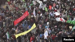 Etirazçılar Suriya prezidentinin istefasını tələb edirlər