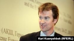 Майкл Манн, ЕО сыртқы саясат жөніндегі комиссары Кэтрин Эштонның өкілі. Алматы, 25 ақпан 2013 жыл.