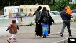 Роми во францускиот град Лил.
