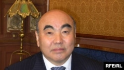 Қырғызстанның бұрынғы президенті Асқар Ақаев. Мәскеу, 23 наурыз 2010 жыл.