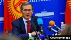 Жоомарт Оторбаев