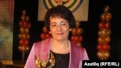 """""""Ел укытучысы - 2011"""" -- Заһидә Камалова"""