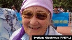 Ағасы аштық құрбаны болған Балқия Әлібаева. Астана, 31 мамыр 2012 жыл.