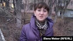 """Анастасия Кузнецова, школьница, работавшая по госпрограмме """"Жасыл ел"""". Темиртау, 7 ноября 2014 года."""