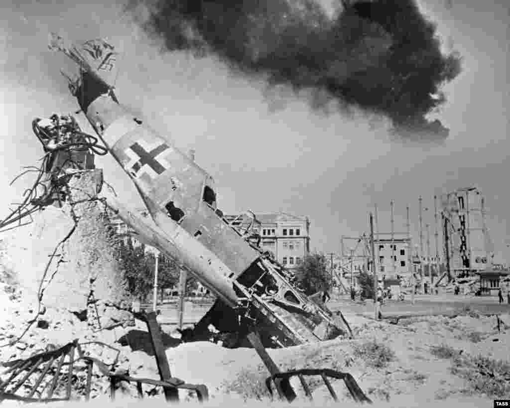 A downed German fighter lies amid the ruins of Stalingrad. Huge air battles were waged over the city during the course of the siege.