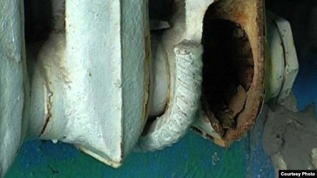 Во многих российских городах старые радиаторы отопления лопаются от морозов