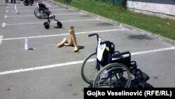 U pravima osoba sa invaliditetom nema ni trunke politike, osim kad se dotičemo ratnih uzroka invaliditeta
