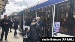 Chișinău - din 7 mai, măștile sunt obligatorii în toate spațiile publice închise.