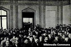 Azərbaycan Cümhuriyyəti Parlamentinin ilk iclası. 1918