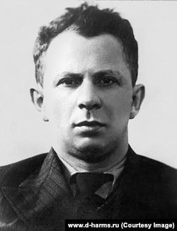 Дойвбер Левин, 1930-е