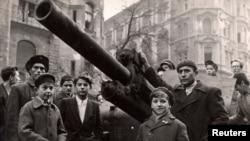 На улицах Будапешта, 60 лет назад
