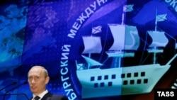 Иностранцев на российский форум притягивает участие первых лиц, даже в отсутствии крупнейших бизнесменов