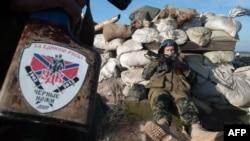 Пророссийские сепаратисты на Донбассе, иллюстрационное фото