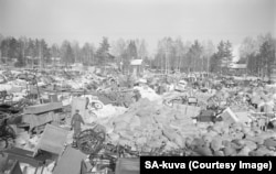 A town in eastern Finland being evacuated in March 1940 after its territory was handed over to the Soviet Union.