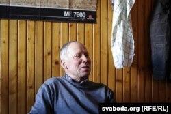 Мечыслаў Саковіч раней быў галоўным інжынэрам у калгасе, а з 1998 году мае ўласную фэрму
