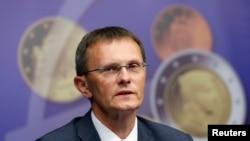 Міністар фінансаў Латвіі Андріс Вількс на канфэрэнцыі з нагоды далучэньня Латвіі да Эўра