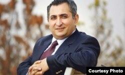 Меҳмет Сайфуддин, таҳлилгари турк