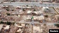تصویری از بخشی از خرابیها در پی زلزله