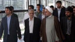 دو مأمور پلیس چند روز پس از ممانعت از افتتاح فرودگاه امام تهران در اردیبهشت ۸۳