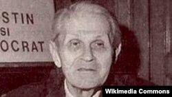 Corneliu Coposu, imagine de arhivă