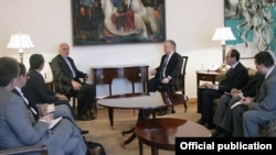 Armenia - Foreign Minister Edward Nalbandian meets with Iran's Deputy Foreign Minister Ebrahim Rahimpour, Yerevan, 11Jun2015.