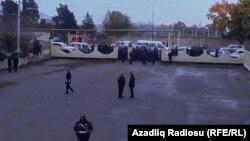 Səlim Müslümovun görüşü zamanı polis nəzarəti
