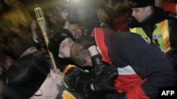Полиция на акции протеста оппозиции в Будапеште