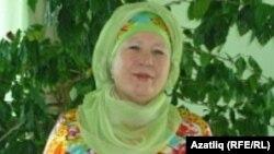 Мөнирә Зәйнәгабдинова