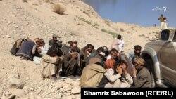 شماری از افراد معتاد به مواد مخدر در بخشی از شهر کابل