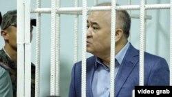 Омурбек Текебаев в суде. 5 июня 2017 года.