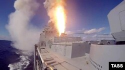 Запуск ракет з фрагата «Адмірал Григорович», архівне фото