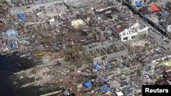 Ֆիլիպիններ - Թաքլոբան քաղաքում «Հայան» թայֆունի պատճառած ավերածությունները, 11-ը նոյեմբերի, 2013թ․