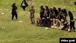 "Скриншот из видео казни членов ""Талибана"" бойцами ИГ"