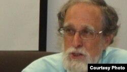 Уильям Фиерман, Индиана университеті (АҚШ) саясаттану факультеті Орталық Еуразияны зерттеу кафедрасының профессоры