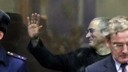 Михаил Ходорковский в ходе оглашения приговора Хамовнического суда Москвы, 30 декабря 2010 года.
