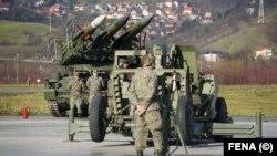 Iz Ambasade Rusije u Bosni i Hercegovini nisu odgovorili na upit RSE kakvu će reakciju i prema kome Rusija preduzeti ukoliko BiH učini konkretne korake u približavanju NATO savezu (na fotografiji pripadnici Oružanih snaga BiH)