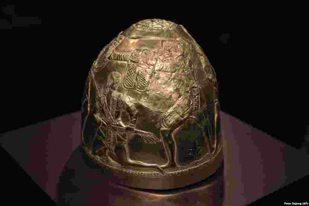 A gold helmet from the fourth century B.C.