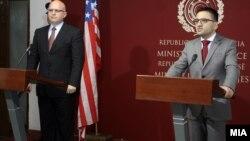 Средба на министерот за одбрана Фатмир Бесими со заменик-помошникот државен секретар за Европа и Евроазија на САД Филип Рикер