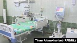 """Аппарат искусственной вентиляции легких, подаренный общественным фондом """"Аяла"""" областной инфекционной больнице. Павлодар, 17 января 2017 года."""