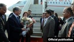 Алмазбек Атамбаев после прибытия в Индию.